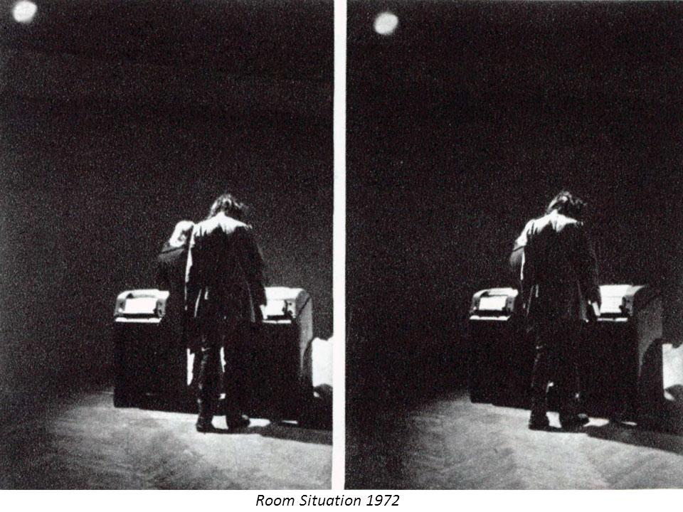 Počátky českého body-artu Počátky českého body-artu, (stejně jako počátky akčního umění) nemůžeme hledat v avantgardních směrech, jakými byli futurismus, dadaismus, konstruktivismus či surrealismus.
