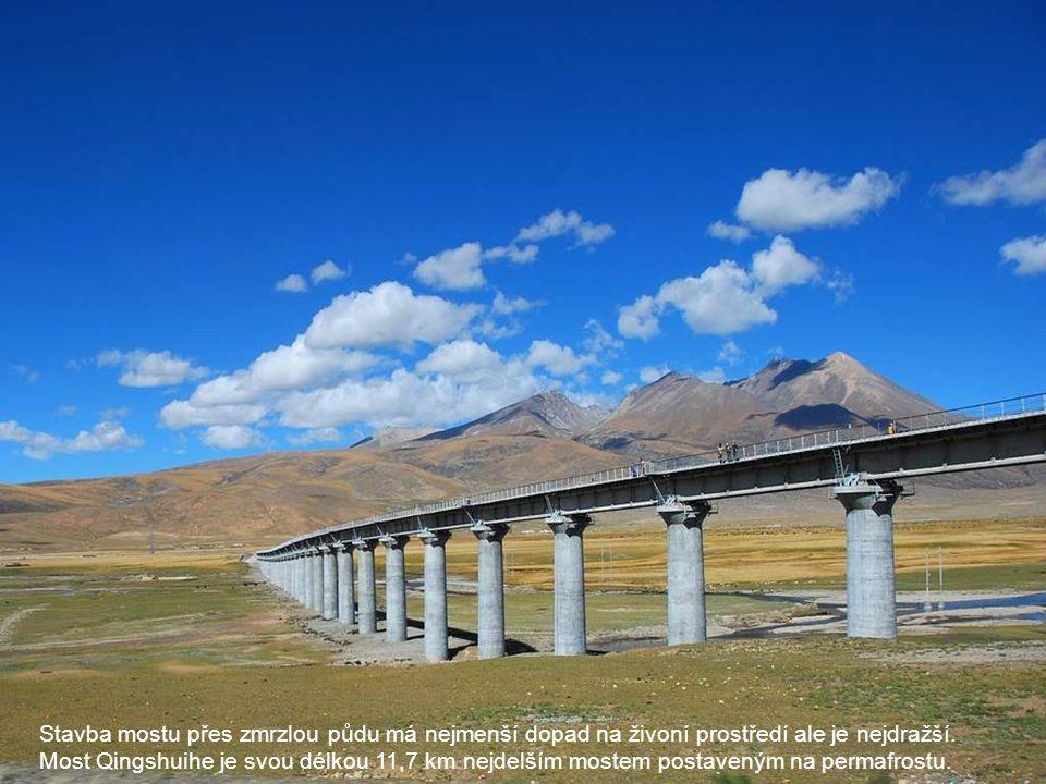 Stavba mostu přes zmrzlou půdu má nejmenší dopad na živoní prostředí ale je nejdražší. Most Qingshuihe je svou délkou 11,7 km nejdelším mostem postave