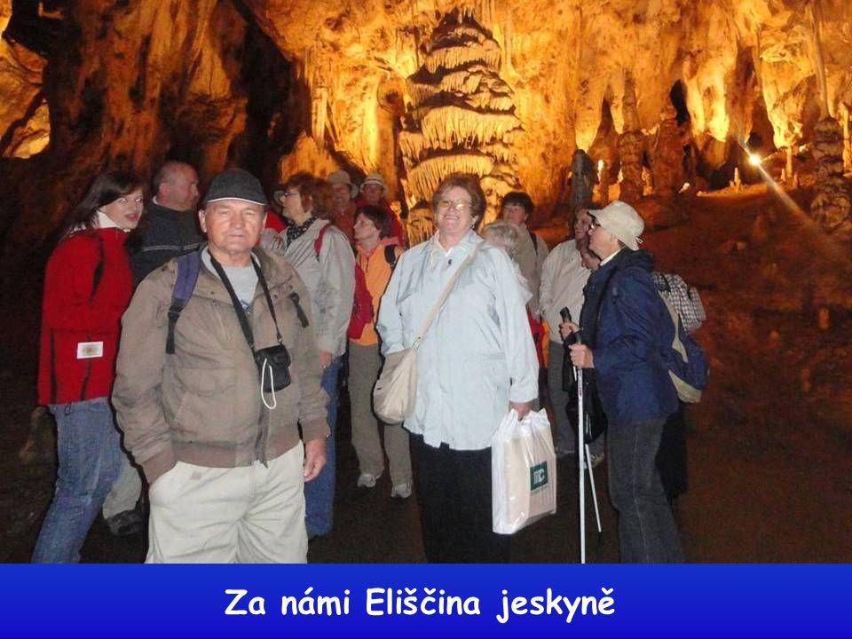 Sloupsko-šošuvské jeskyně jsou složitým komplexem chodeb a hlubokých propastí, ve dvou výškových úrovních. Návštěvníkům se otevírají fascinující pohle