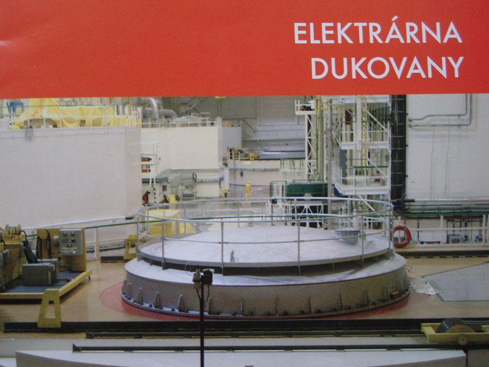 A byla před námi druhá,ale už jaderná elektrárna Dukovany,která se nachází 30 km jihovýchodně od Třebíče.Celá stavba se začala rozvíjet v roce 1974.Každý rok dodává do sítě kolem 13 TWh elektrické energie a 12 milionů MG hodin elektřiny.Jaderná elektrárna Dukovany závisí na vodě z blízkých elektráren Mohelna,která leží pod Dalešicemi.Voda se chemicky upravuje a kontroluje.Protože je vnitřek elektrárny pod vlivem radioaktivity,probíhají neustálé kontroly.