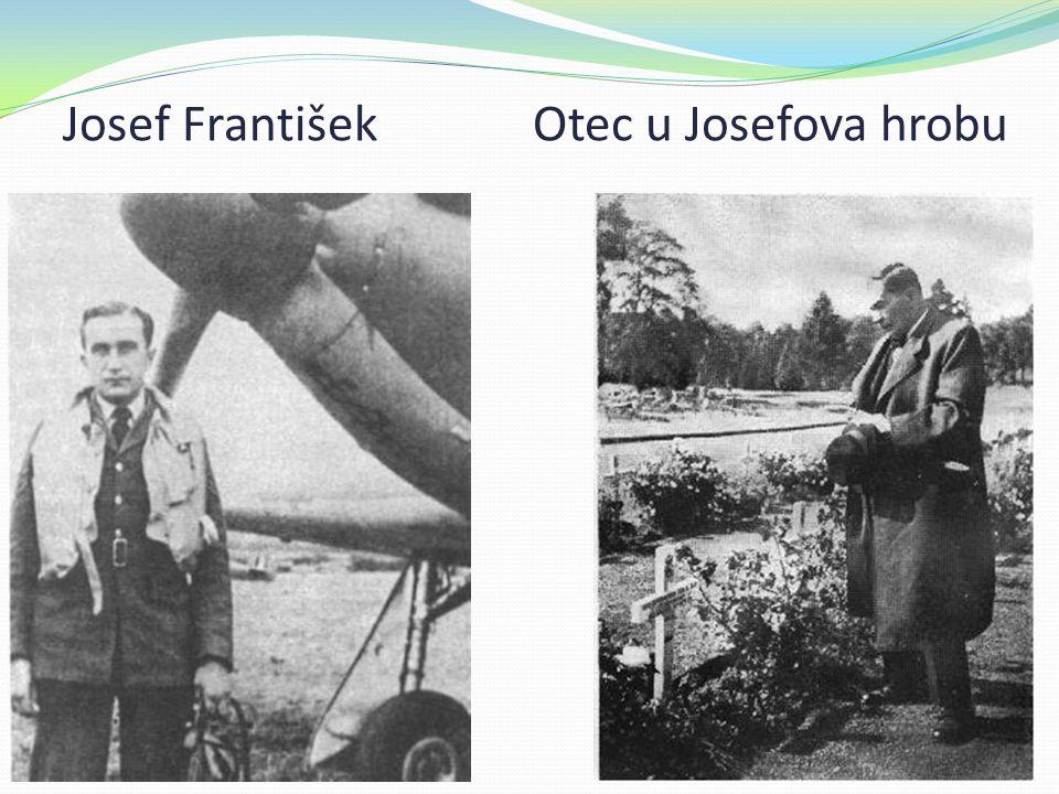 Josef František Otec u Josefova hrobu