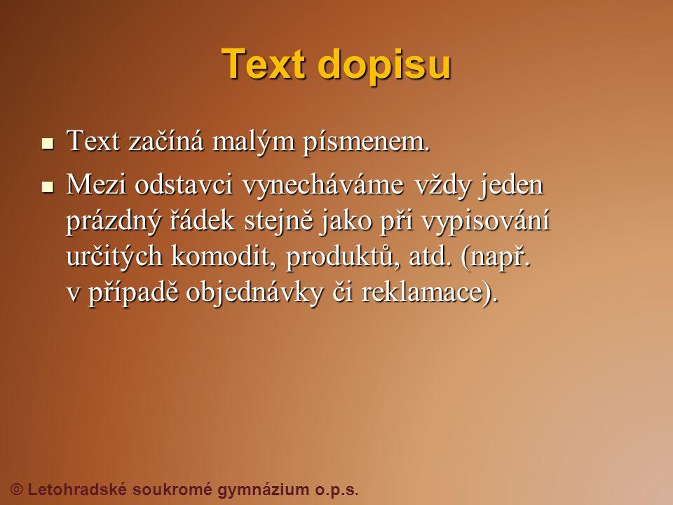  Text začíná malým písmenem.