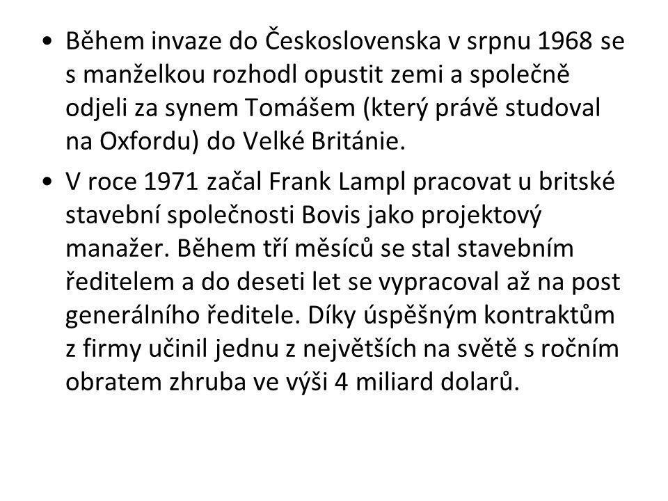 Během invaze do Československa v srpnu 1968 se s manželkou rozhodl opustit zemi a společně odjeli za synem Tomášem (který právě studoval na Oxfordu) d