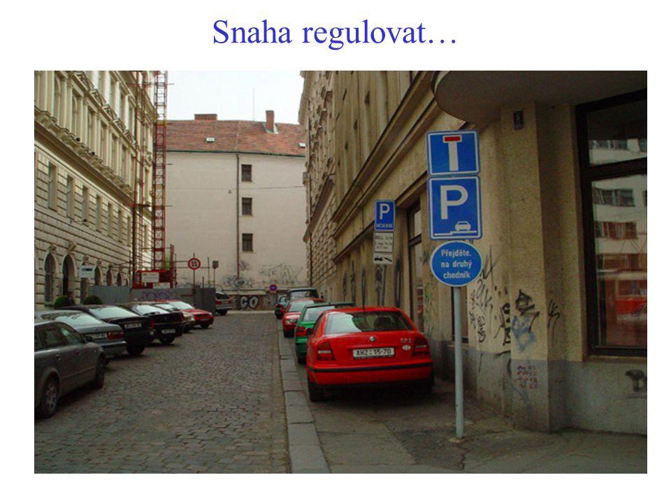 Co je třeba v ÚP Prahy pro pěší udělat dál . Podporovat polycentrický rozvoj města.