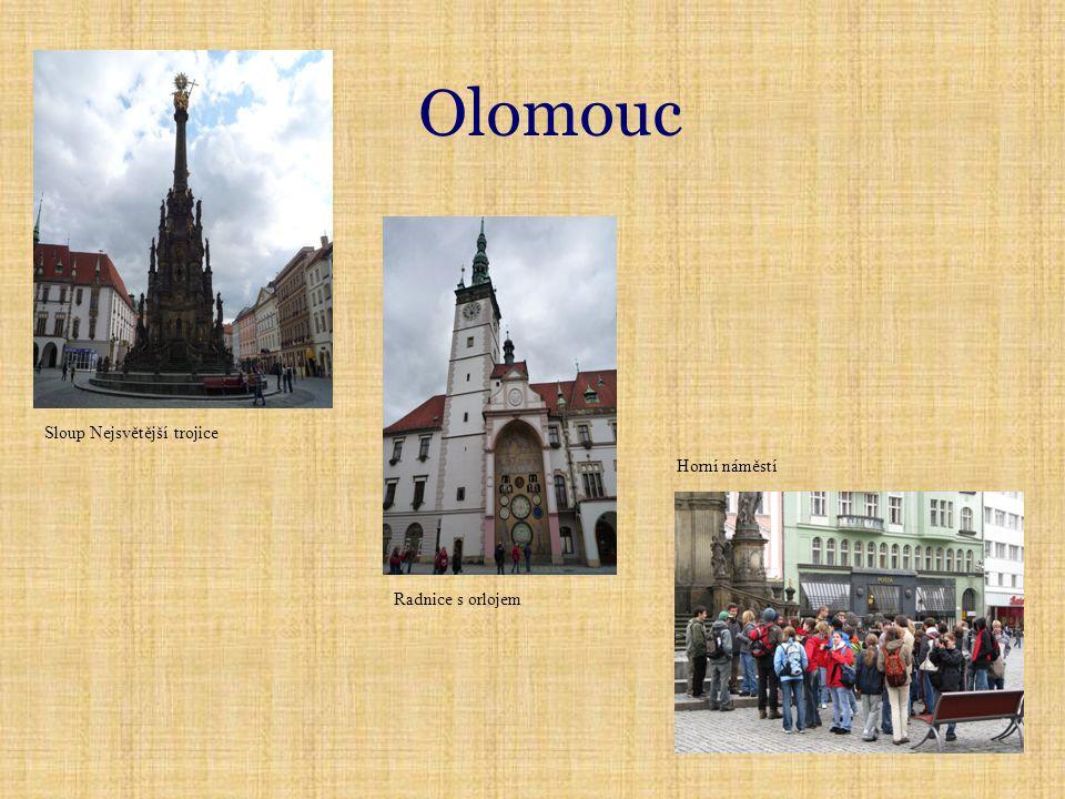 Olomouc Sloup Nejsvětější trojice Radnice s orlojem Horní náměstí