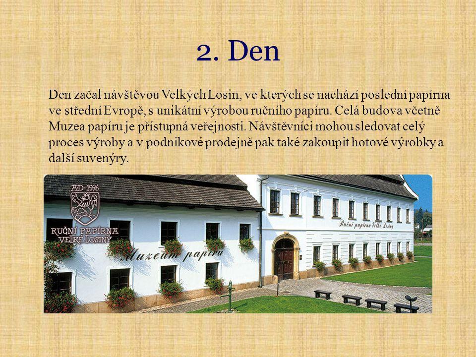Velké mechové jezírko Kostelík v Žárové Jeseník Rejvíz Po opuštění Velkých Losin jsme pokračovali do lázeňského města Jeseník.