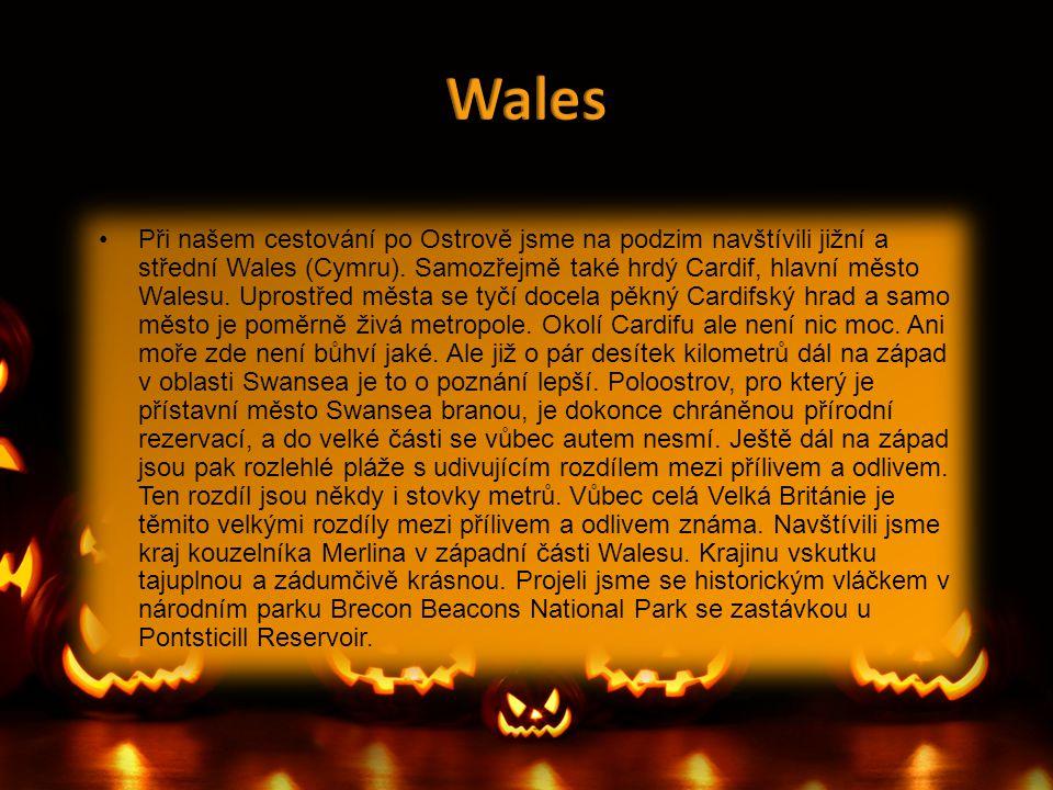 •Při našem cestování po Ostrově jsme na podzim navštívili jižní a střední Wales (Cymru). Samozřejmě také hrdý Cardif, hlavní město Walesu. Uprostřed m