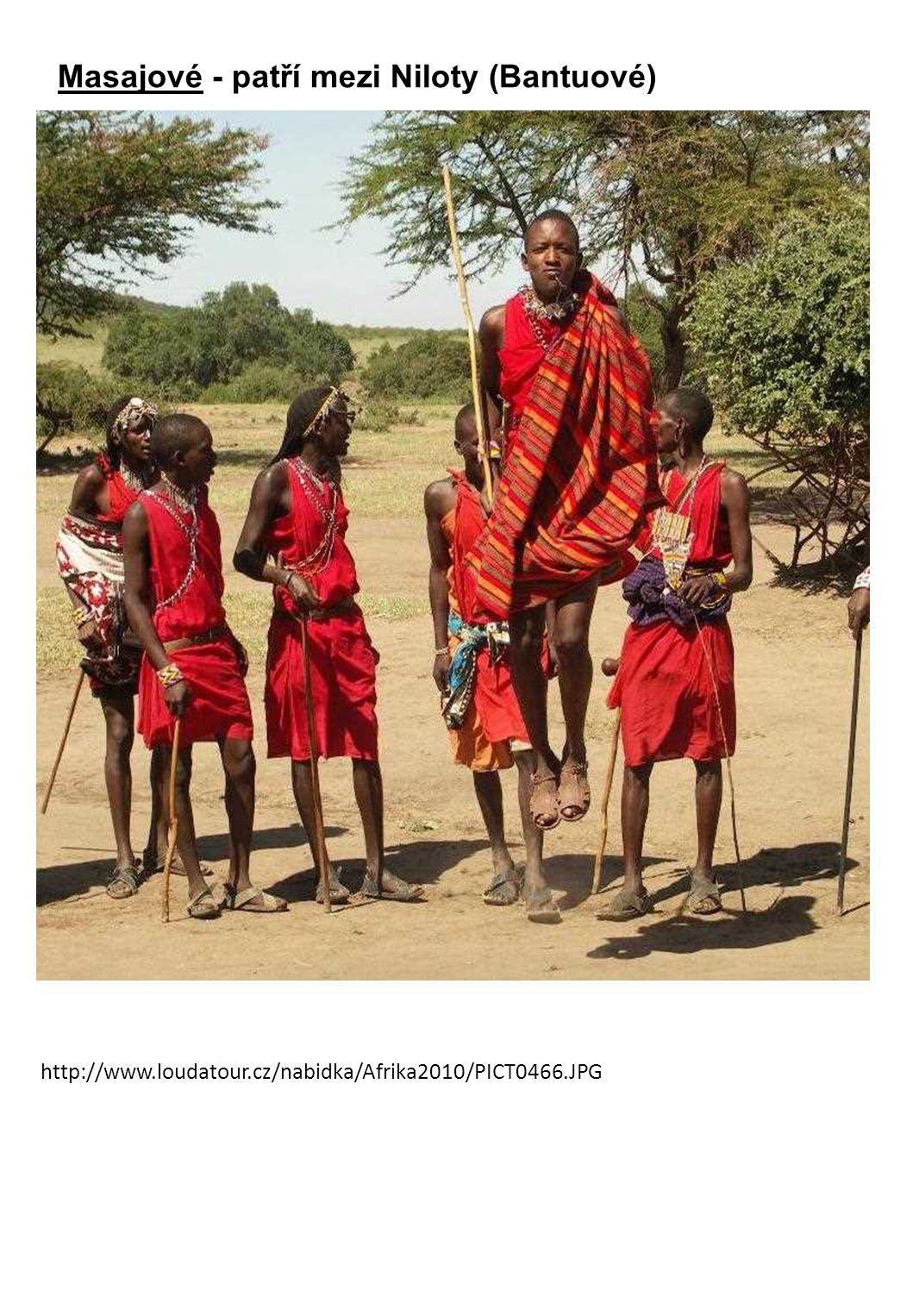 Masajové - patří mezi Niloty (Bantuové) http://www.loudatour.cz/nabidka/Afrika2010/PICT0466.JPG