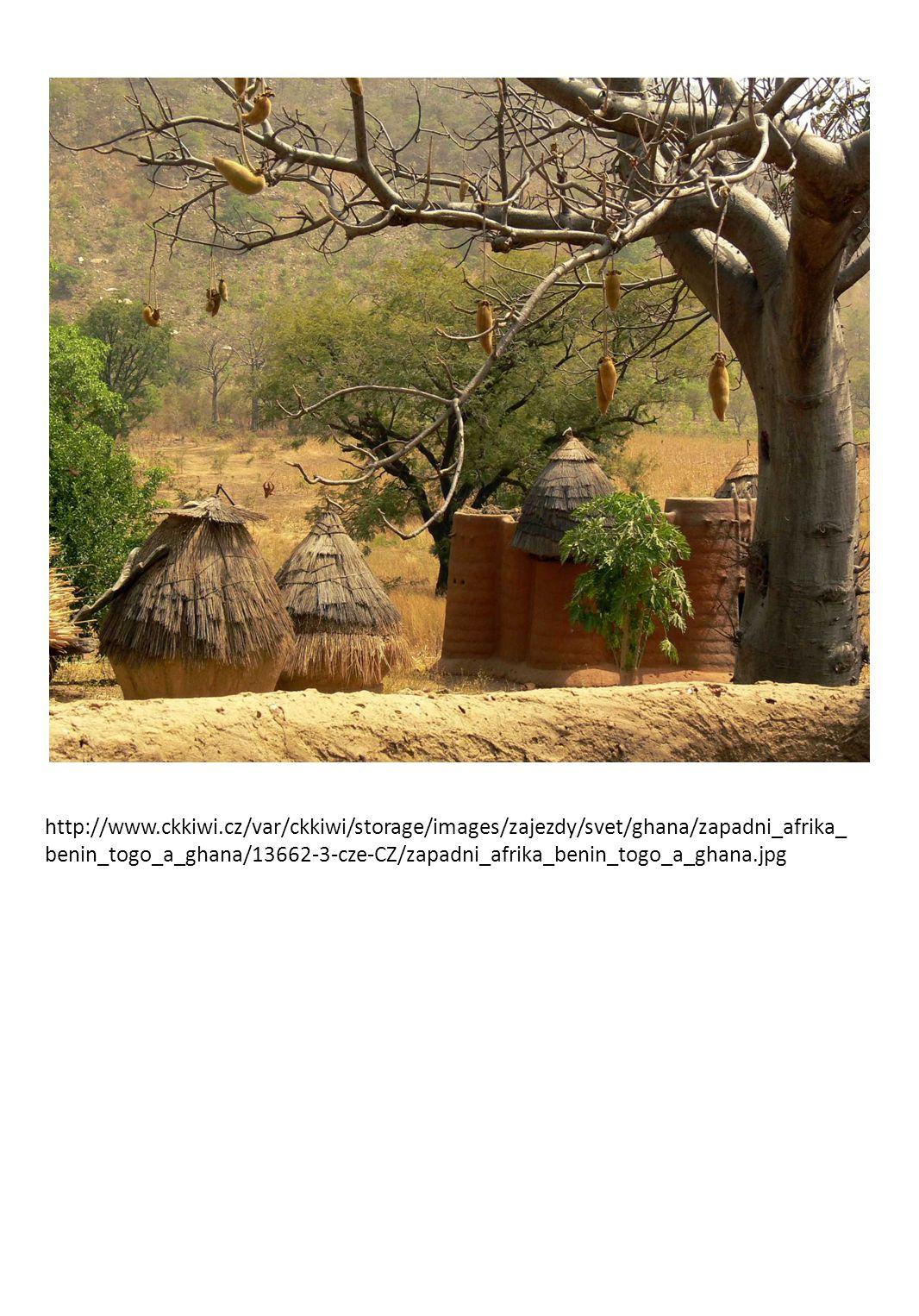 C) rasa žlutá - Malgašové ( křesťanství) http://upload.wikimedia.org/wikipedia/commons/9/92/Family_Madagascar.jpg