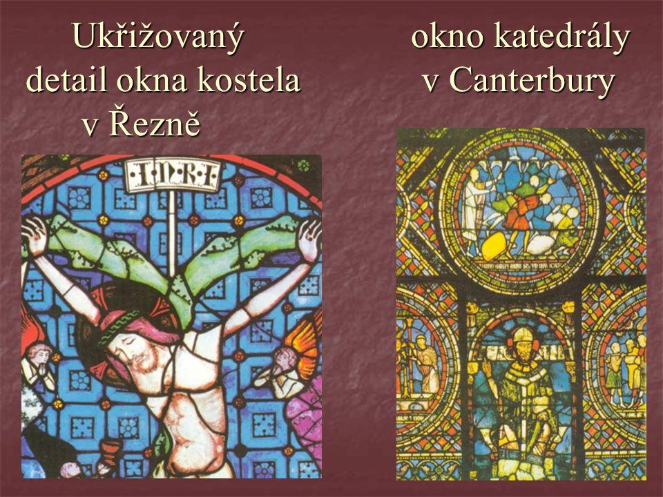 Ukřižovaný okno katedrály detail okna kostela v Canterbury v Řezně Ukřižovaný okno katedrály detail okna kostela v Canterbury v Řezně