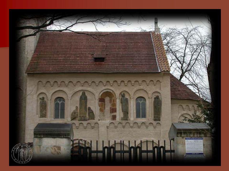 Kostel sv. Mikuláše ve Vinci • tribunový kostel • kol.r. 1240 • kostely vineckého typu