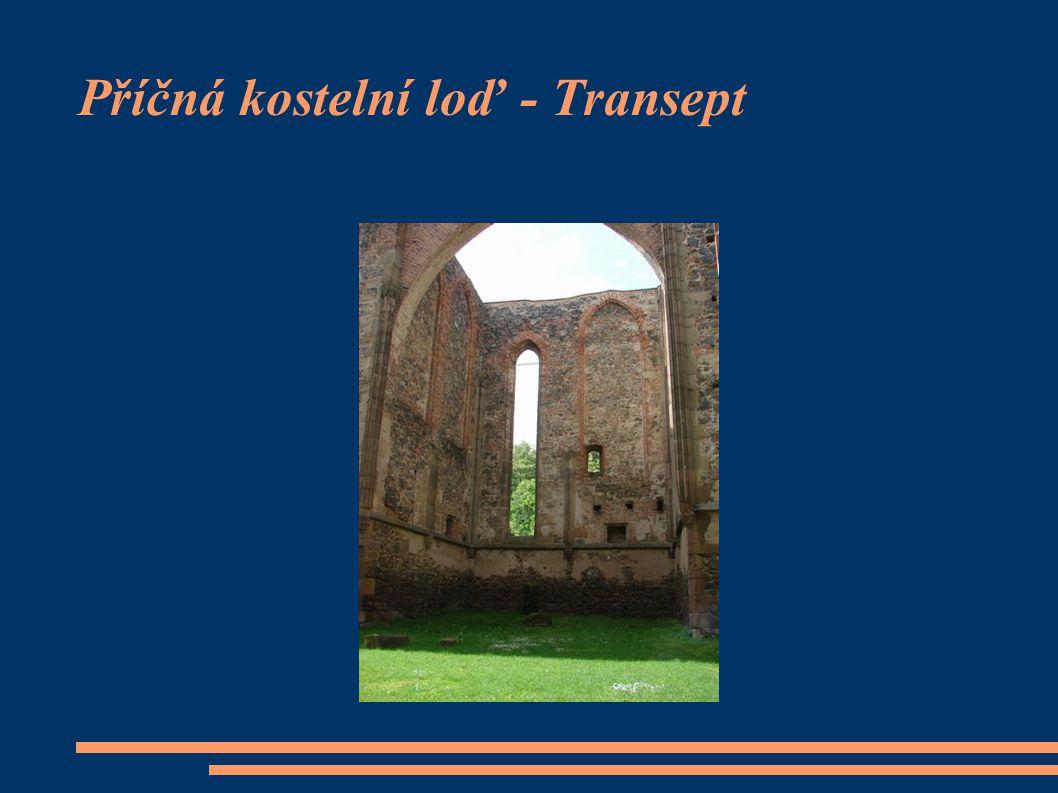 Příčná kostelní loď - Transept