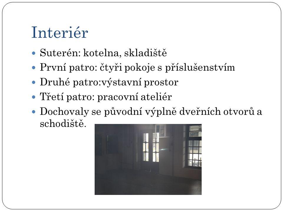 Tabulka porovnání stavu UP závodů V minulostiV současnosti barva fasády p astelově červenáokrová střechapokrytá dřevitým cementem pásy natavované fólie Vstupní dveřeDřevěné dveře s umělecky provedeným kováním Jednoduché dřevěné dveře s částečnou skleněnou výplní Okna v prvních dvou patrech Dřevěná dvojitá rámová okna osazená do špalet, členěna do latinského kříže dřevěná dvojitá osazená do špalet a mají tvar T Okna ve třetím a čtvrtém podlaží každá polovina byla členěna do kříže dřevěná okna členěná do kříže