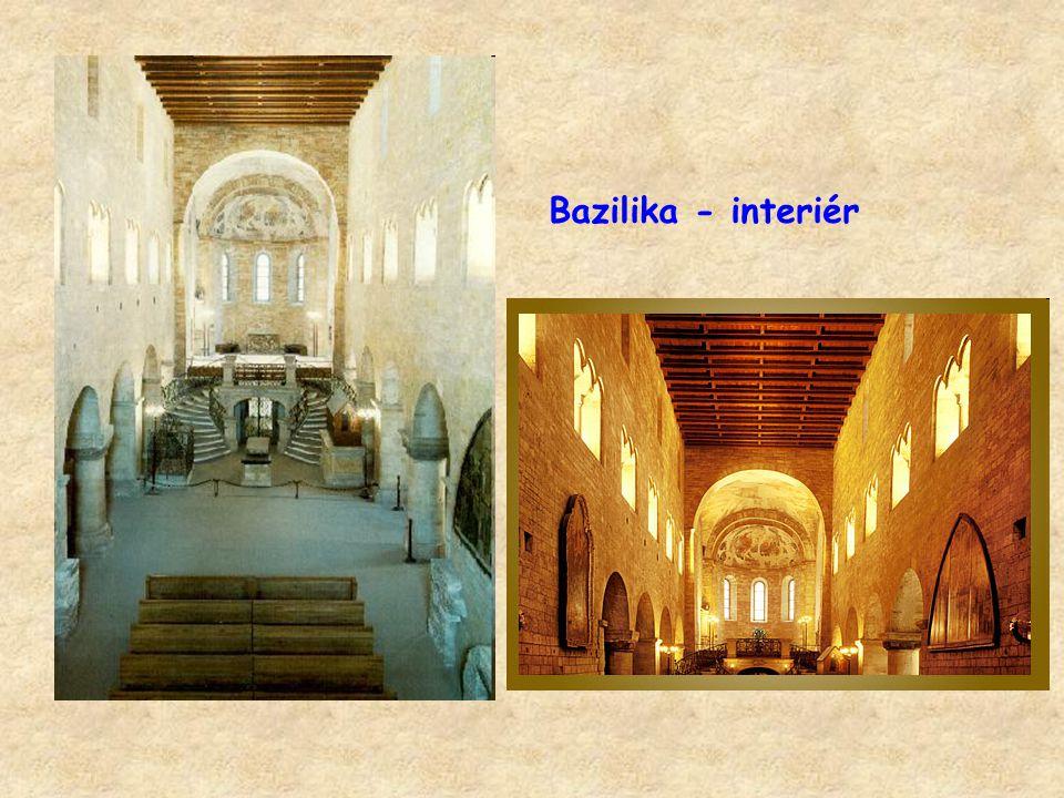 Bazilika - interiér