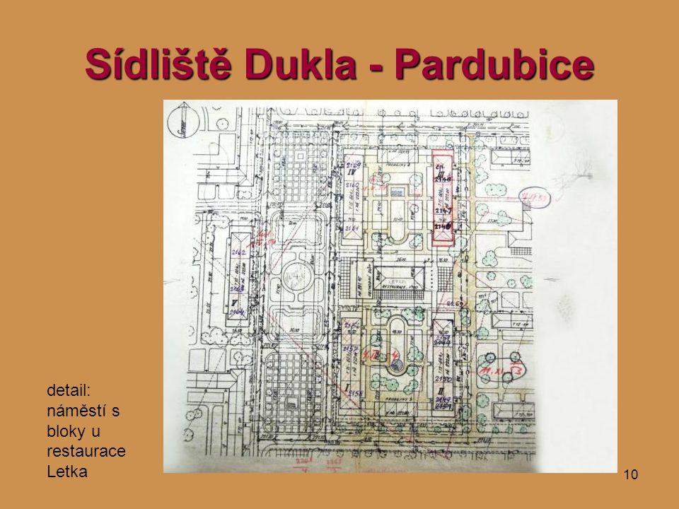 10 Sídliště Dukla - Pardubice detail: náměstí s bloky u restaurace Letka