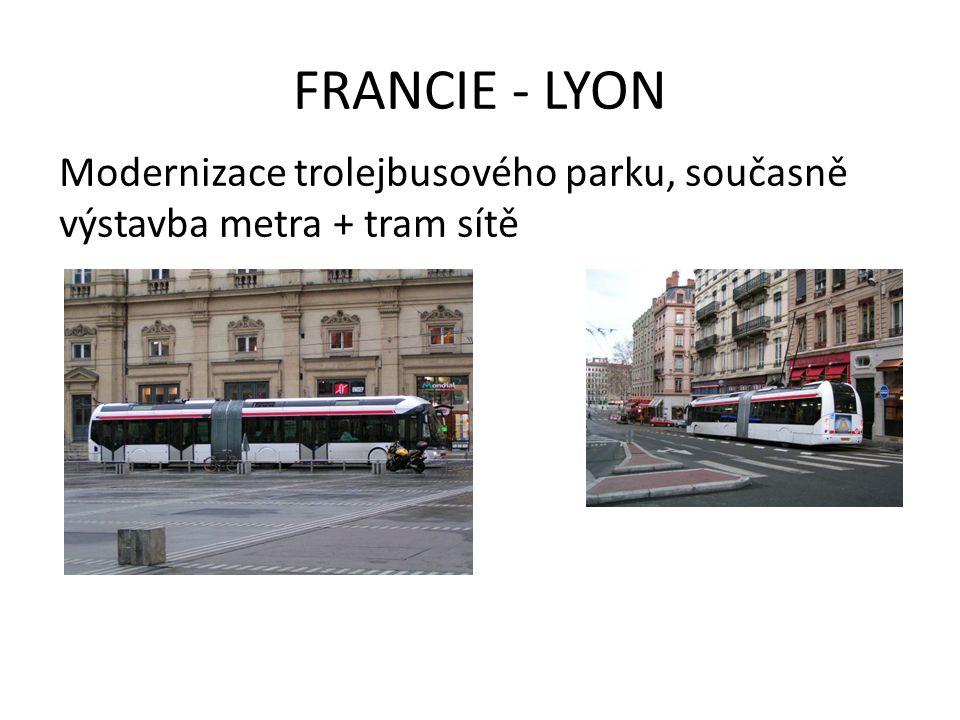 FRANCIE - NANTES BUSWAY (segregovaná BUS dráha – levnější varianta místo další TRAM tratě)
