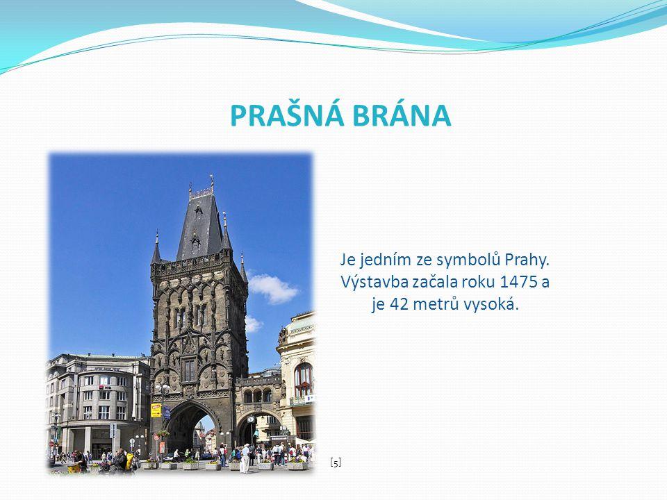 VÁCLAVSKÉ NÁMĚSTÍ Spojuje Národní muzeum a Můstek.