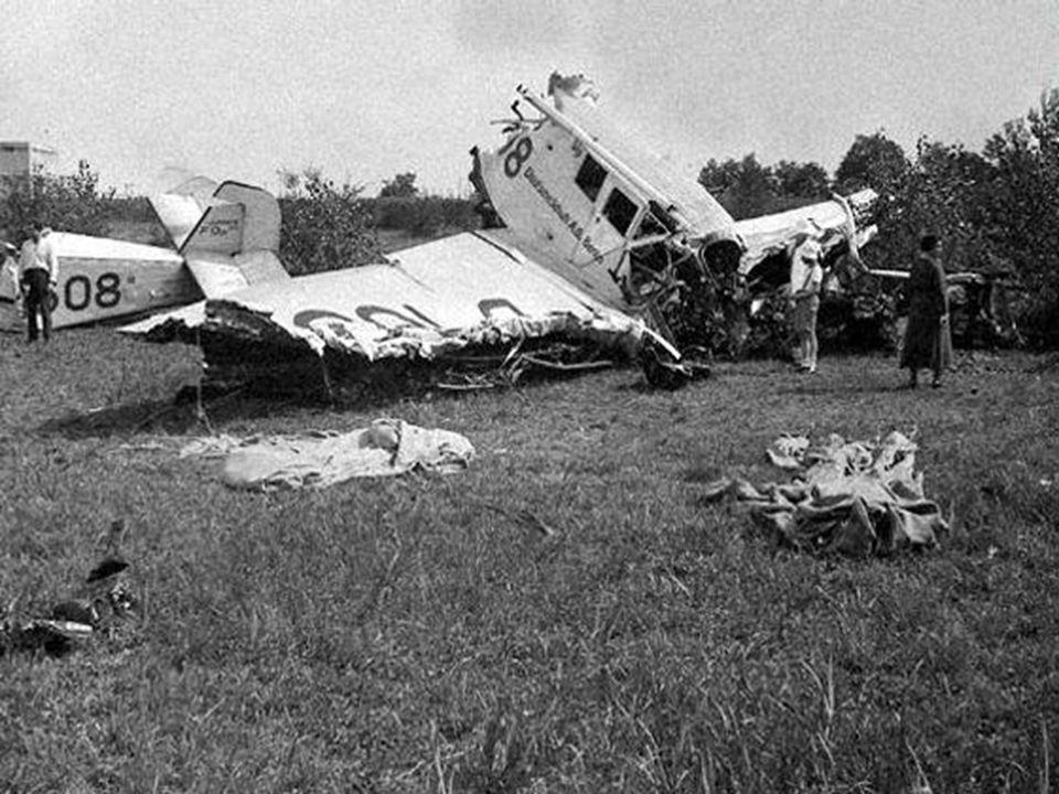  spol. převedena na akciovou  r. 1932 letecká nehoda u Otrokovic •smrt •firma vedena bratrem