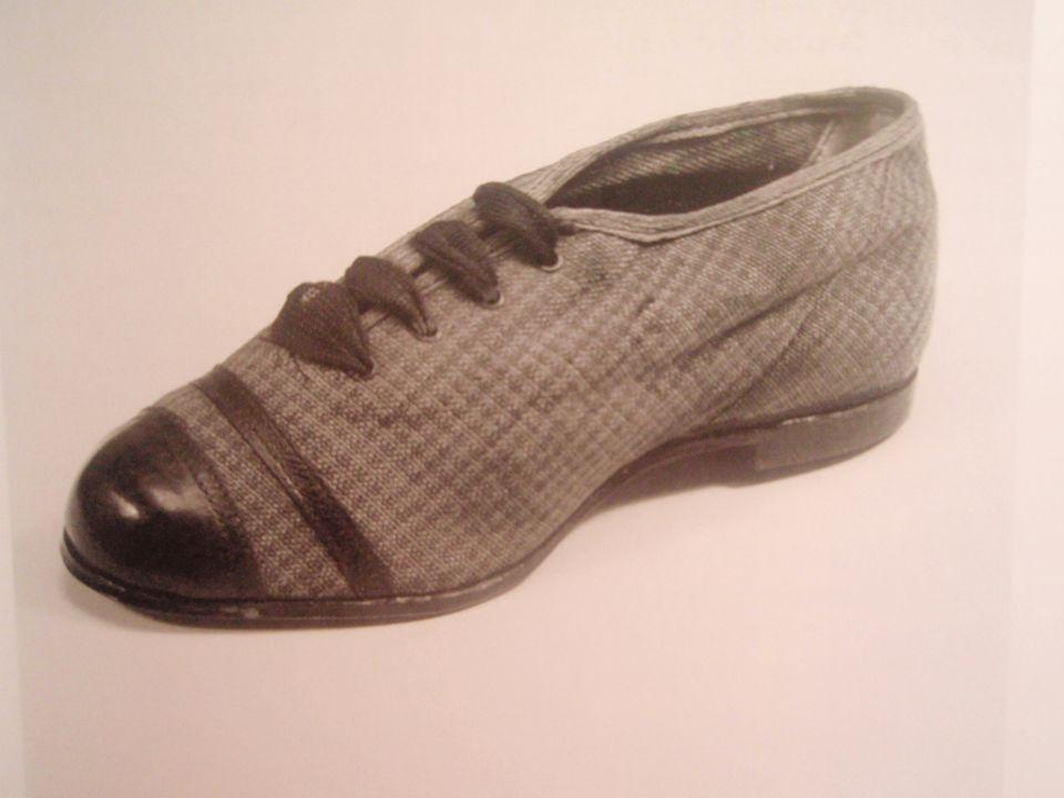 • odchod do Prostějova • zde zaměstnán u obuvnické firmy • r.