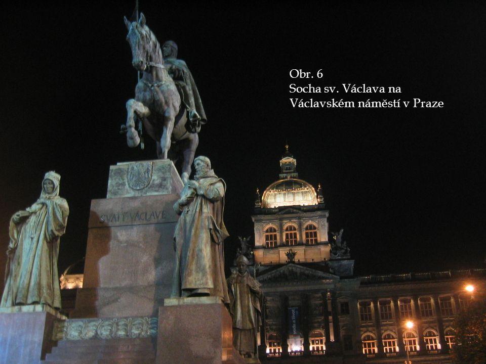 Obr. 6 Socha sv. Václava na Václavském náměstí v Praze