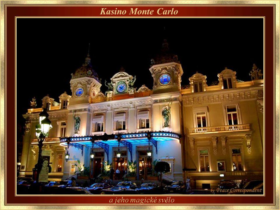 Kasino Monte Carlo – detail architektury Navrhl Charles Garnier, architekt, který projektoval také budovu opery v Paříži.