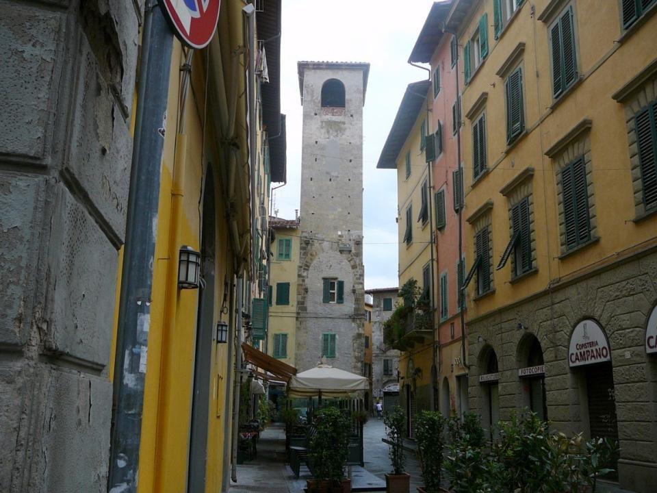 Univerzitní kostel San Frediano, byl místem setkání pro všechny studenty vysokých škol v Pise (r. 1061)