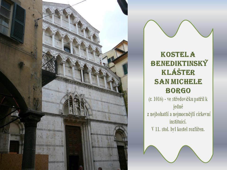 Náměstí delle Vettovaglie -bývalo ve středověku tržnicí v centru středověkého města - známé jako náměstí sviní.