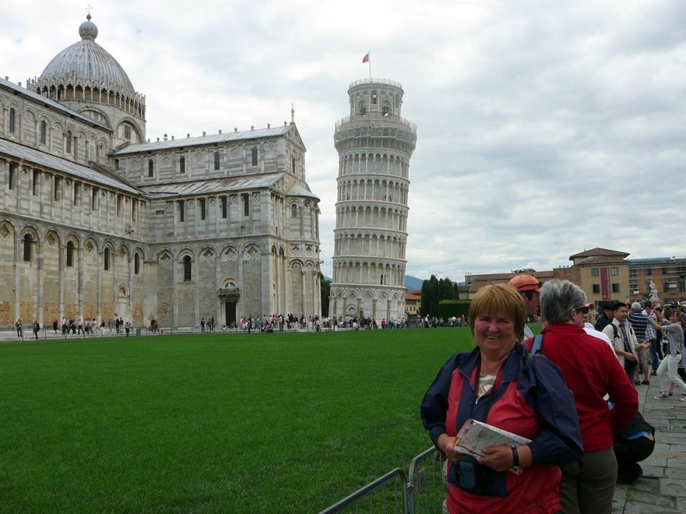 Vstupní brána – Porta nuova – na náměstí Duomo náměstí Maricoli (Zázraků)