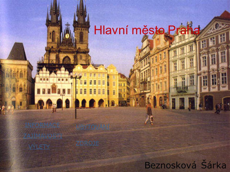 Stověžatá PRAHA •Praha má přes 1 milion obyvatel •Václavské náměstí •Václavské náměstí se nachází v centru města mezi Starým a Novým Městem.