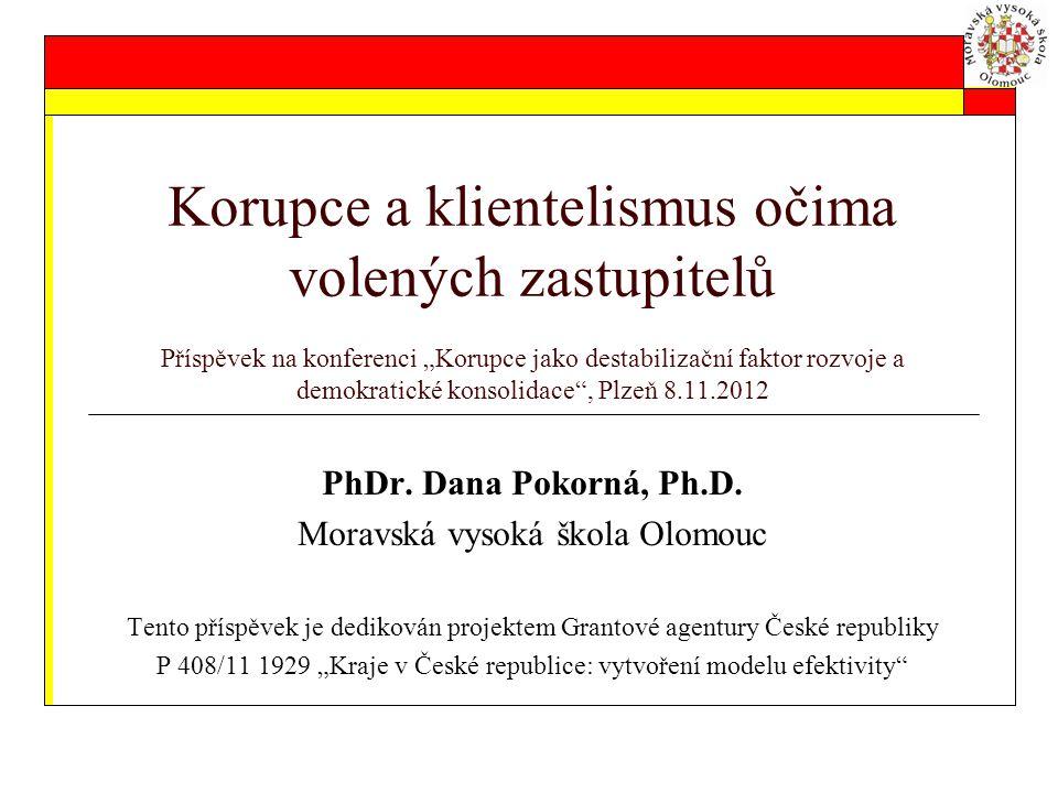 """Názory krajských zastupitelů – zjištění z šetření """"…efektivita krajů… 1."""