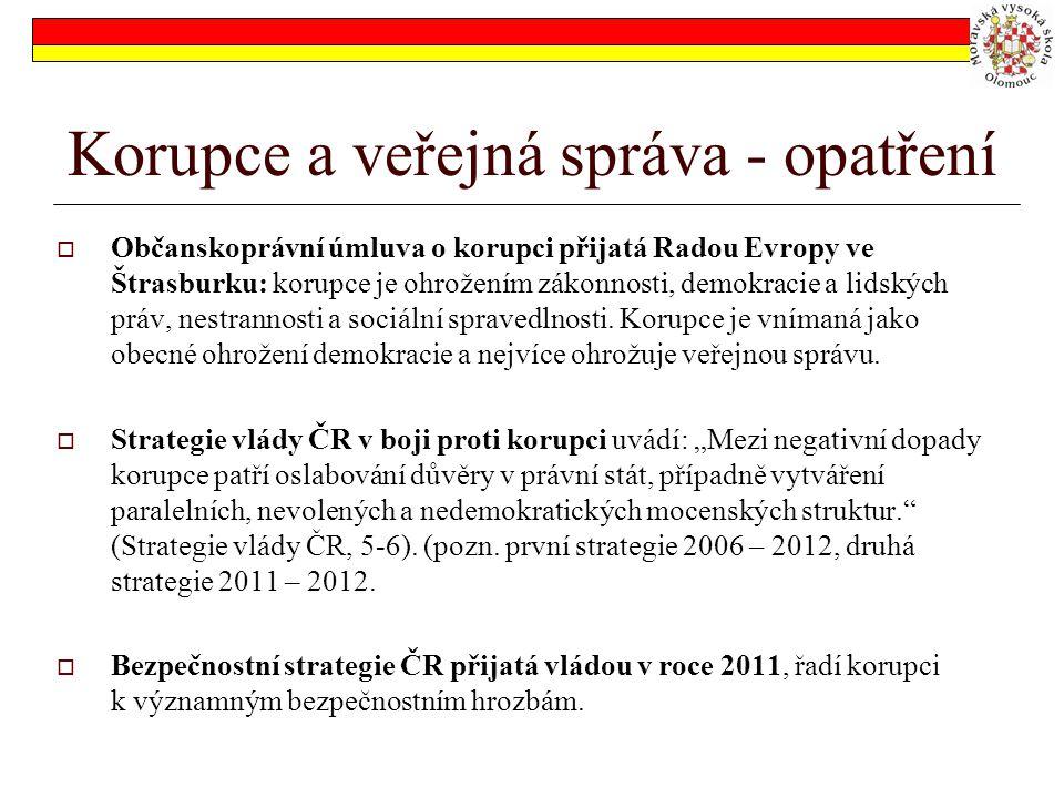 """Korupce v ČR - názor Pavol Frič označuje současnou podobu korupce jako systémovou korupci, což """"není jen individuální korupční chování, ale vlastně je to korupční chování institucí ."""