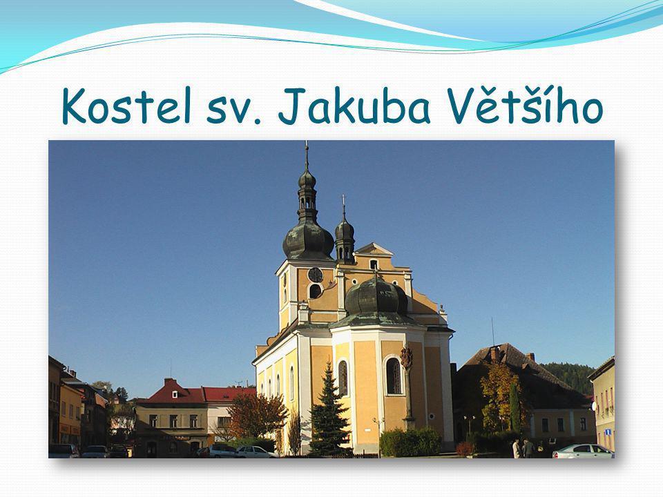 Divadlo Aloise Jiráska  Budova, která v minulosti sloužila jako sklad tehdejší firmy Eduard Morawetz, byla přestavěna pro účel divadla mezi lety 1937 – 1938, tuto akci projektoval Josef Záruba.