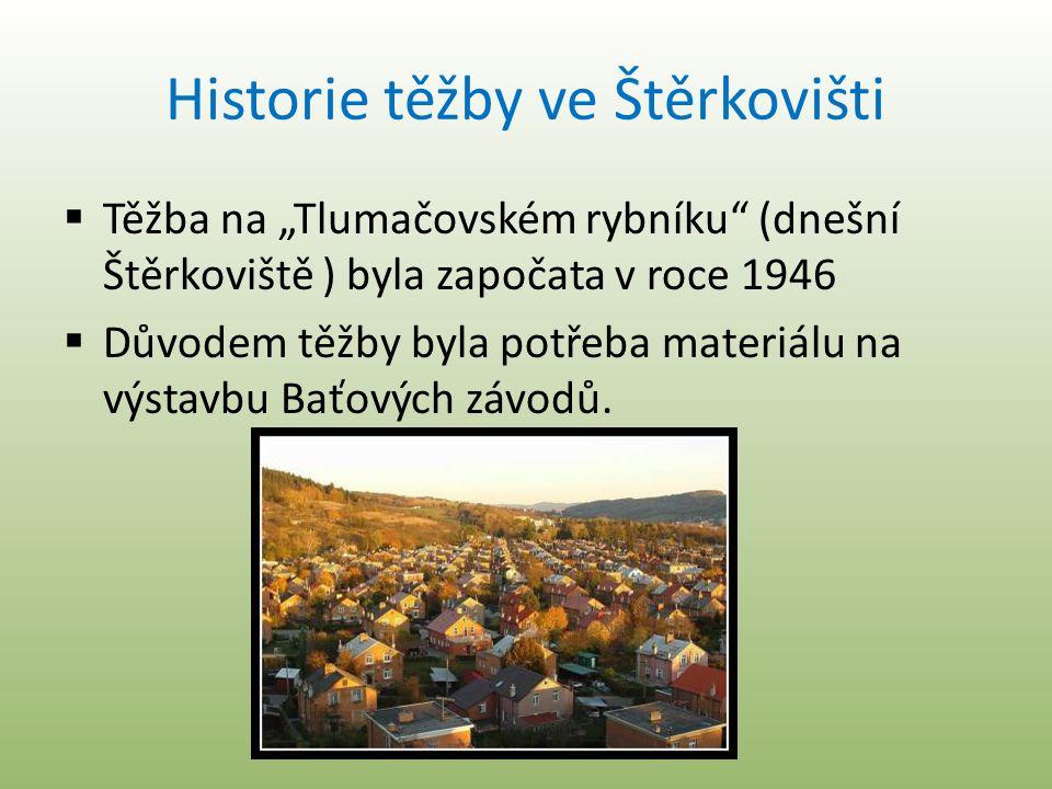 """Historie těžby ve Štěrkovišti  Těžba na """"Tlumačovském rybníku"""" (dnešní Štěrkoviště ) byla započata v roce 1946  Důvodem těžby byla potřeba materiálu"""