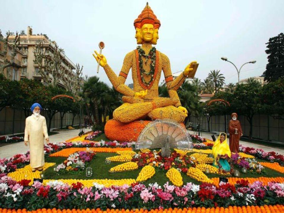 V roce 2007 bylo tématem Indie a ovocné květy Taji Mahal a mnoho soch Buddhy.