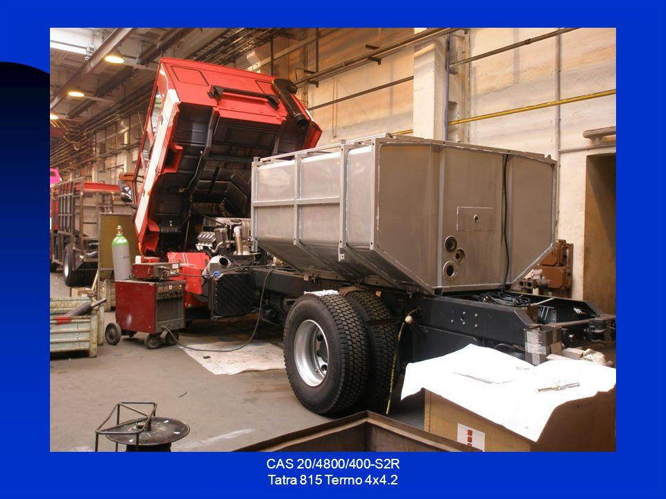 19.10.2007 Na rám vozidla bylo namontováno čerpadlo a veškeré vodní potrubí po povrchové úpravě.