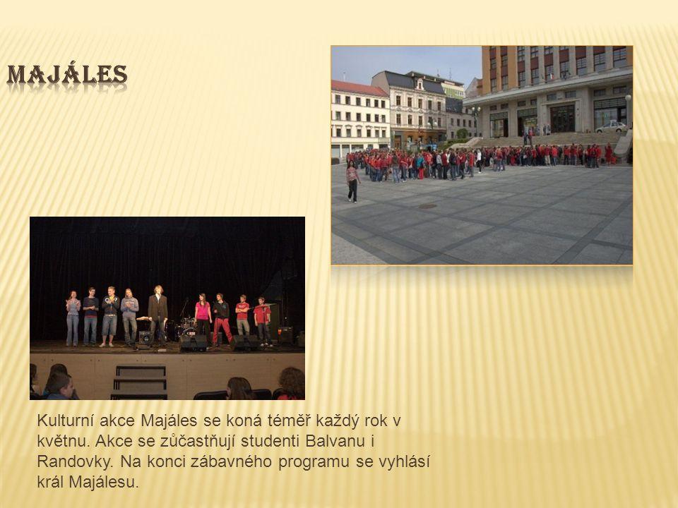Kulturní akce Majáles se koná téměř každý rok v květnu.