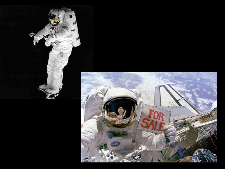  V současnosti používané skafandry již potřebám astronautů nevyhovují. Za vše hovoří jejich váha, s kyslíkovým zásobníkem na zádech váží 125 kilogram