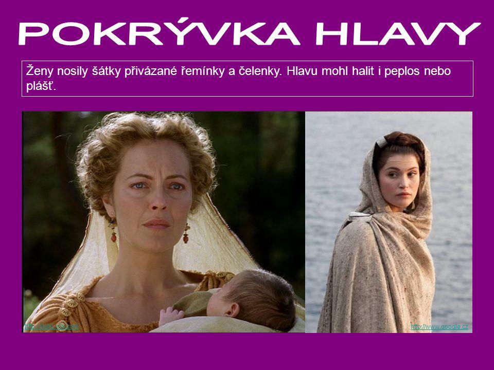 http://static.wix.com http://spqr.cz Ženy nosily šátky přivázané řemínky a čelenky. Hlavu mohl halit i peplos nebo plášť. http://www.google.cz