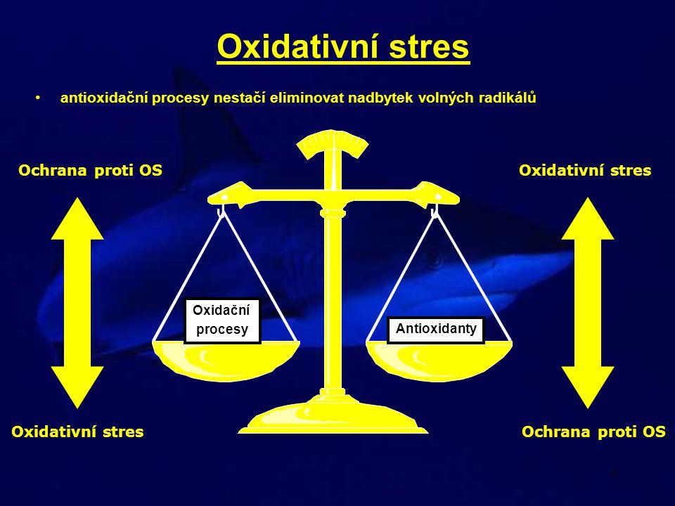6 Oxidativní stres •antioxidační procesy nestačí eliminovat nadbytek volných radikálů Oxidační procesy Antioxidanty Oxidativní stres Ochrana proti OS