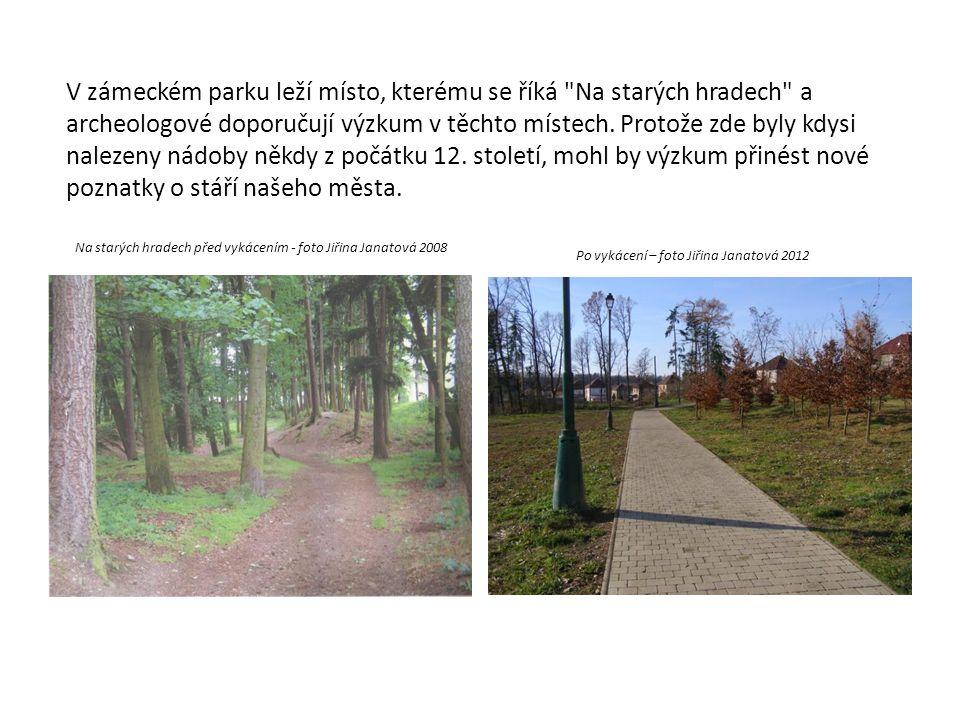 V zámeckém parku leží místo, kterému se říká