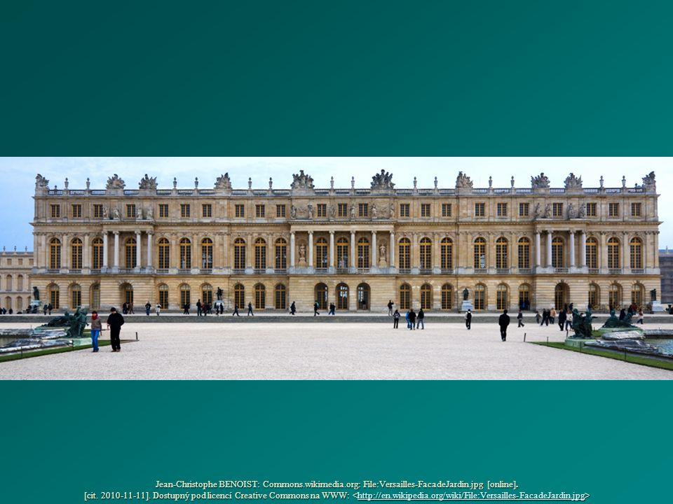 Jean-Christophe BENOIST: Commons.wikimedia.org: File:Versailles-FacadeJardin.jpg [online]. [cit. 2010-11-11]. Dostupný pod licencí Creative Commons na