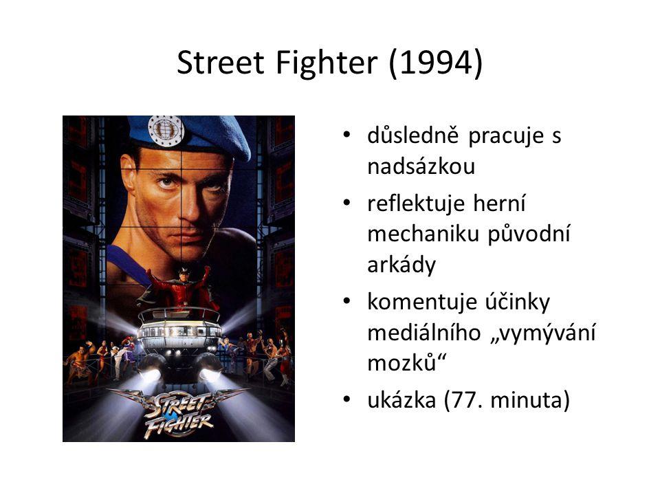 """Street Fighter (1994) důsledně pracuje s nadsázkou reflektuje herní mechaniku původní arkády komentuje účinky mediálního """"vymývání mozků ukázka (77."""