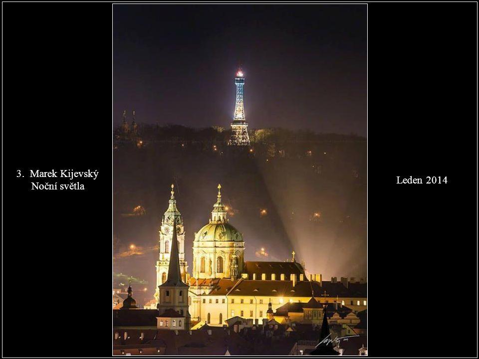 Leden 2014 2. Přemysl Novák - První sníh na Karlově mostě