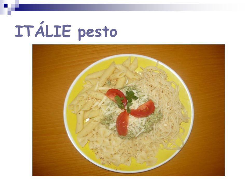 ITÁLIE pesto