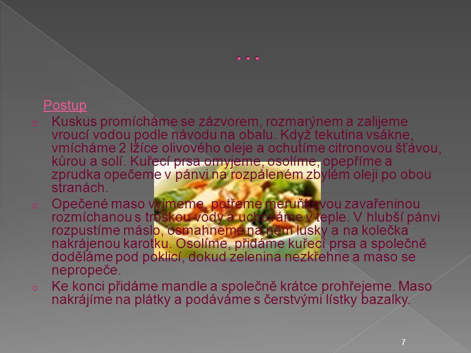o ČERVENÁ ČOČKA S CHILLI PAPRIČKAMI A S ANANASEM Suroviny * 400 g červené čočky * 1 lžička mletého zázvoru * 2 lžíce olivového oleje * 2–4 pálivé papričky, červené a zelené * dužina z 1 menšího ananasu * 2 jarní cibulky s natí * sůl a mletý pepř * třtinový cukr a citronová šťáva na dochucení 8