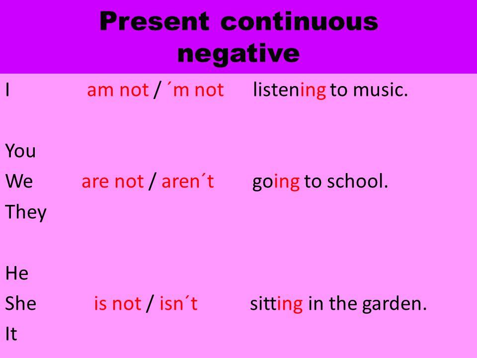 Translate - přelož Moje maminka nejde nakupovat.Nemám oblečené modré tričko.