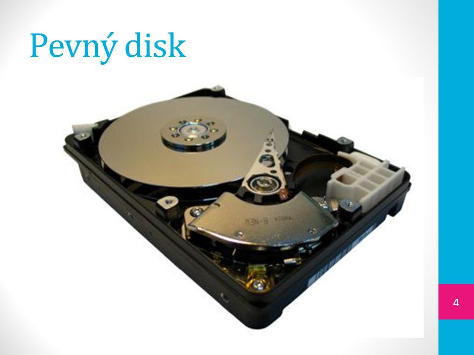  je hermeticky uzavřené zařízení, ve kterém jsou nad sebou poskládány kovové disky pokryté magnetickou vrstvou  princip záznamu je magnetický  data jsou ukládána na soustředné kružnice (stopy)  záznam / čtení provádí hlavička magnetic- kého disku zmagnetizováním  kapacita od 360 GB po několik TB 5