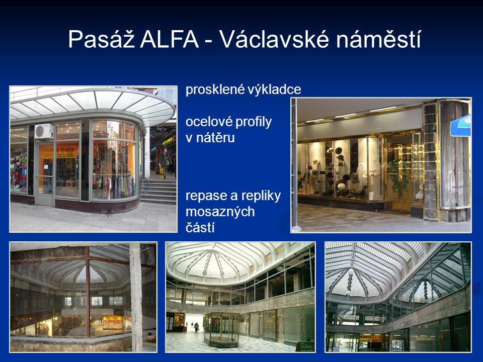 Pasáž ALFA - Václavské náměstí prosklené výkladce ocelové profily v nátěru repase a repliky mosazných částí