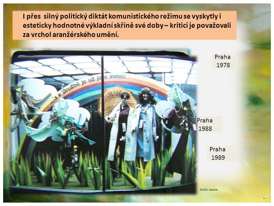 ©c.zuk I přes silný politický diktát komunistického režimu se vyskytly i esteticky hodnotné výkladní skříně své doby – kritici je považovali za vrchol aranžérského umění.