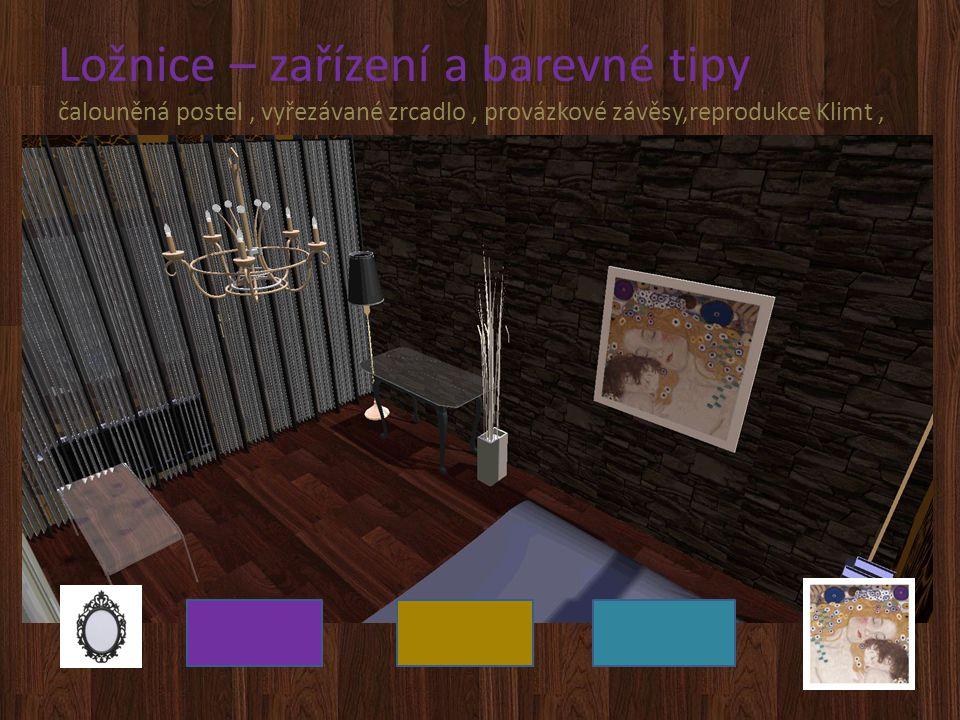 Ložnice – zařízení a barevné tipy čalouněná postel, vyřezávané zrcadlo, provázkové závěsy,reprodukce Klimt,